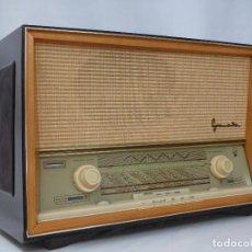 Radios de válvulas: ANTIGUA RADIO DE VÁLVULAS BLAUPUNKT,EN GRAN ESTADO ESTÉTICO Y FUNCIONANDO MUY BUEN SONIDO (VER VÍDEO. Lote 130482938