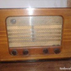 Radios de válvulas: RADIO GRUNDIG TYPE 2010 EN CAJA DE MADERA. Lote 131306991