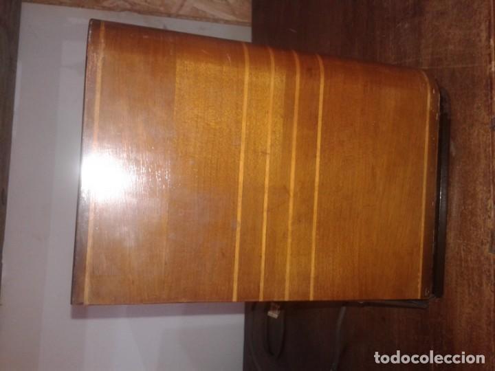 Radios de válvulas: radio grundig type 2010 en caja de madera - Foto 5 - 131306991