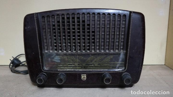 RADIO ANTIGUO PHILIPS. (Radios, Gramófonos, Grabadoras y Otros - Radios de Válvulas)