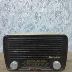 Radios de válvulas: RADIODINA MODELO 340. ENCIENDE A 125 V. Lote 132073610