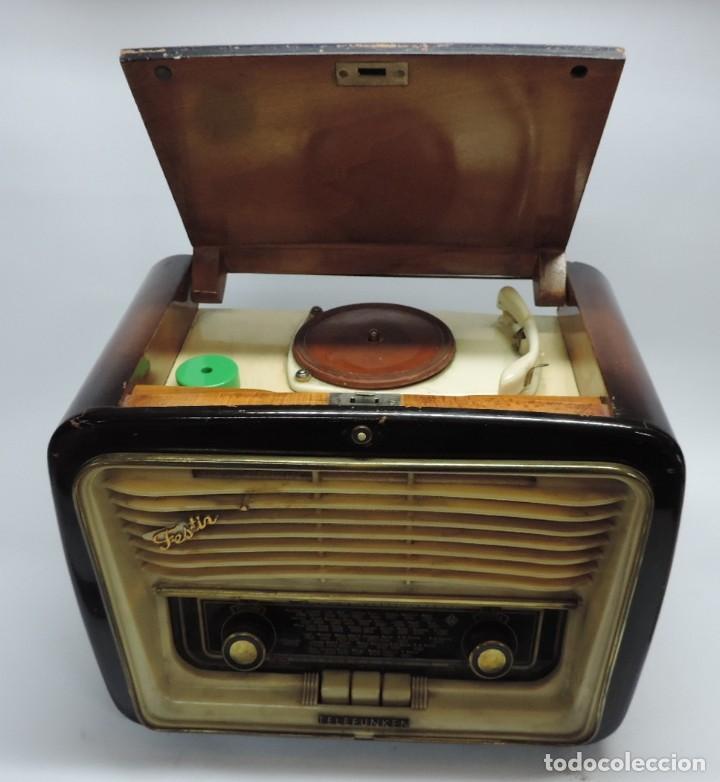TELEFUNKEN FESTIVAL 57 (CON TOCADISCOS) LA RADIO SE ENCUENTRA EN BUENAS CONDICIONES ESTÉTICAS, NO SA (Radios, Gramófonos, Grabadoras y Otros - Radios de Válvulas)