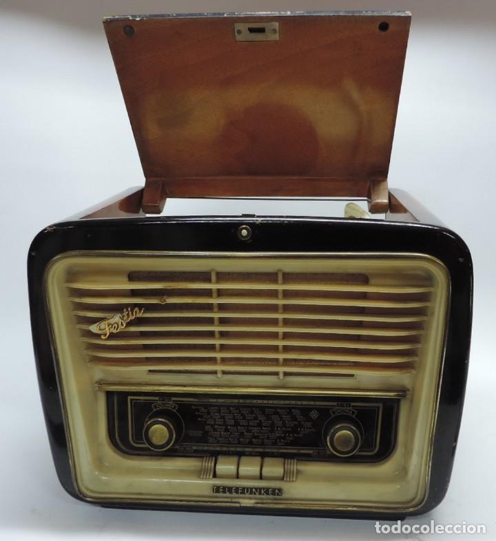 Radios de válvulas: Telefunken Festival 57 (con tocadiscos) La radio se encuentra en buenas condiciones estéticas, no sa - Foto 2 - 132457414