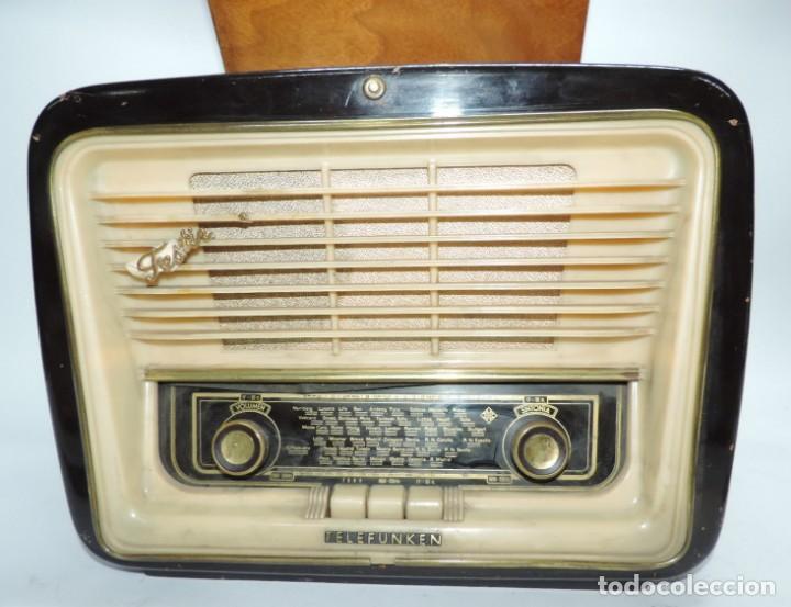 Radios de válvulas: Telefunken Festival 57 (con tocadiscos) La radio se encuentra en buenas condiciones estéticas, no sa - Foto 3 - 132457414