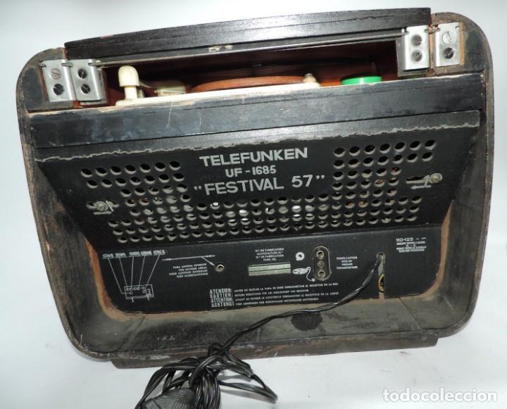 Radios de válvulas: Telefunken Festival 57 (con tocadiscos) La radio se encuentra en buenas condiciones estéticas, no sa - Foto 9 - 132457414