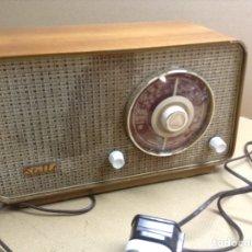 Radios de válvulas: RADIO STELLA. MODELO ST24 LU. FUNCIONA. EN MADERA. MIDE EN CMS( 32X14X19). Lote 133143737