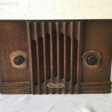 Radios de válvulas: RADIO DE VÁLVULAS RCA SUBLIME BETCA .ART DECO. FUNCIONANDO. VER FOTOS ANEXAS. . Lote 133281274