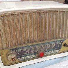 Rádios de válvulas: RADIO DE VÁLVULAS ANTIGUA. MARCA PHILIPS. PRECIOSO OBJETO AÑOS 60-70. Lote 133296758