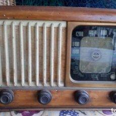 Radios de válvulas: RADIO DE VÁLVULAS ANTIGUA OPTIMUS. Lote 133410774