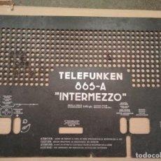 Radios de válvulas: TELEFUNKEN INTERMEZZO 865 A - TAPA TRASERA. Lote 133728834