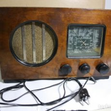 Radios de válvulas: LUXOR TYP1124W FUNCIONA 220V TIENE OM OC VUENA CONSERVACION. Lote 133854210