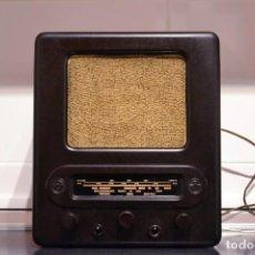 Radios de válvulas: RADIO ALEMANA DEL TERCER RICH CON ESVASTICAS EN EL DIAL.VE301DYN. FUNCIONAMIENTO PERFECTO. VER VIDEO. Lote 134390922