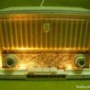 Radios de válvulas: BONITA Y COQUETA RADIO CON FM PHILETTA BD244U,¡¡¡FUNCIONA!!!. Lote 134806094