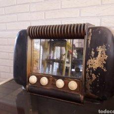 Radios de válvulas: ANTIGUA RADIO DE VÁLVULAS SCHNEIDER FRÈRES. Lote 135325014