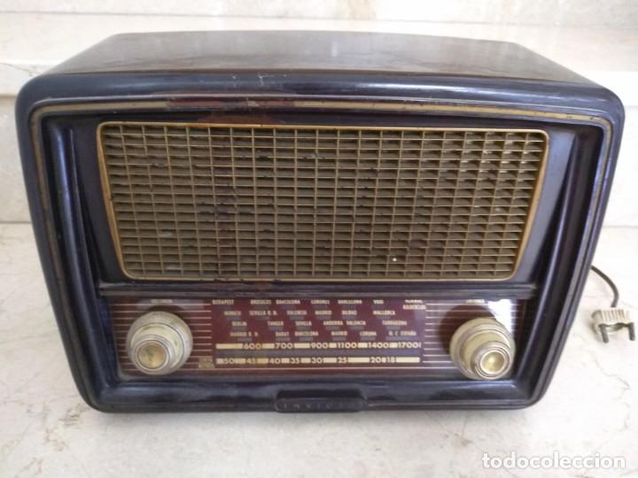 ANTIGUA RADIO INVICTA MODELO 5209 MODELO ONTARIO RARA NO PROBADA VALVULAS (Radios, Gramófonos, Grabadoras y Otros - Radios de Válvulas)