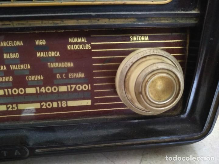 Radios de válvulas: ANTIGUA RADIO INVICTA MODELO 5209 MODELO ONTARIO RARA NO PROBADA VALVULAS - Foto 5 - 135668775