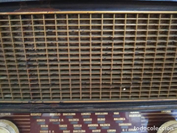 Radios de válvulas: ANTIGUA RADIO INVICTA MODELO 5209 MODELO ONTARIO RARA NO PROBADA VALVULAS - Foto 6 - 135668775