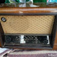 Radios de válvulas: RADIO FUNCIONANDO. Lote 136163510