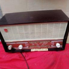 Radios de válvulas: ANTIGUA RADIO DE VÁLVULAS. Lote 136647202