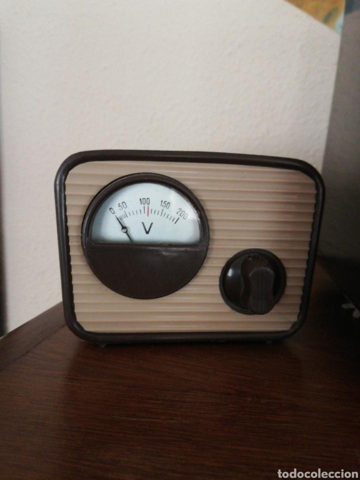 Radios de válvulas: Radio Philips con voltimetro - Foto 4 - 137214090