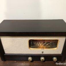 Radios de válvulas: RADIO PHILIPS BIF302A A 220V, DE MADERA, PHILIPS ELECTRICAL (IRLANDA).. Lote 138032696