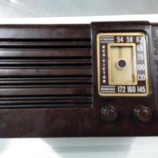 Radios de válvulas: PEQUEÑA RADIO RCA VICTOR 45X1 AÑO 1939. Lote 139677704