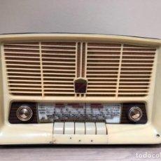 Radios de válvulas: RADIO IBERIA C-73 ¡FUNCIONA!. Lote 139718702