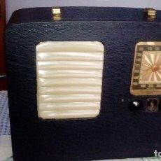 Radios de válvulas: RADIO-EMERSON-MD-EA-338-ANO-1941 . Lote 140402254
