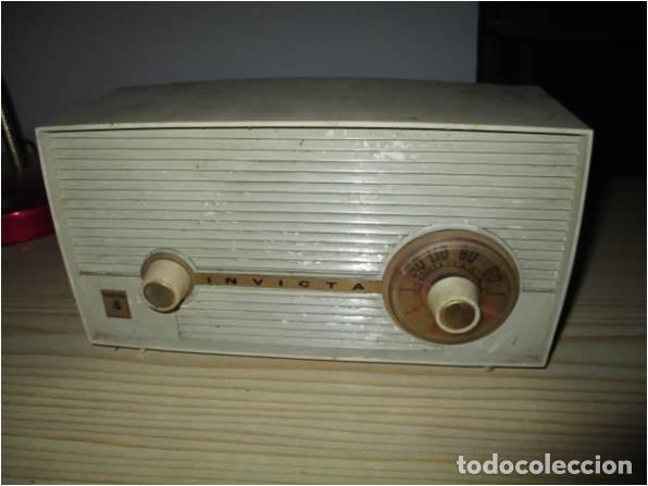 RADIO A VALVULAS MARCA INVICTA (Radios, Gramófonos, Grabadoras y Otros - Radios de Válvulas)