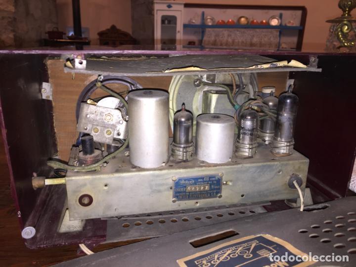 Radios de válvulas: Antigua radio a válvulas de baquelita de la marca Inter modelo Gobi de los años 50-60 - Foto 6 - 140572298