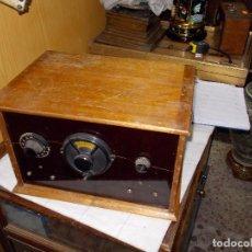 Radios de válvulas: RADIO COFRE. Lote 140913366