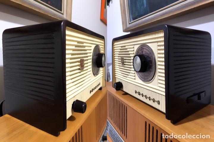 Radios de válvulas: RADIO DE VÁLVULAS PHILIPS B1E 82U CON MUEBLE DE BAQUELITA. - Foto 3 - 142809502