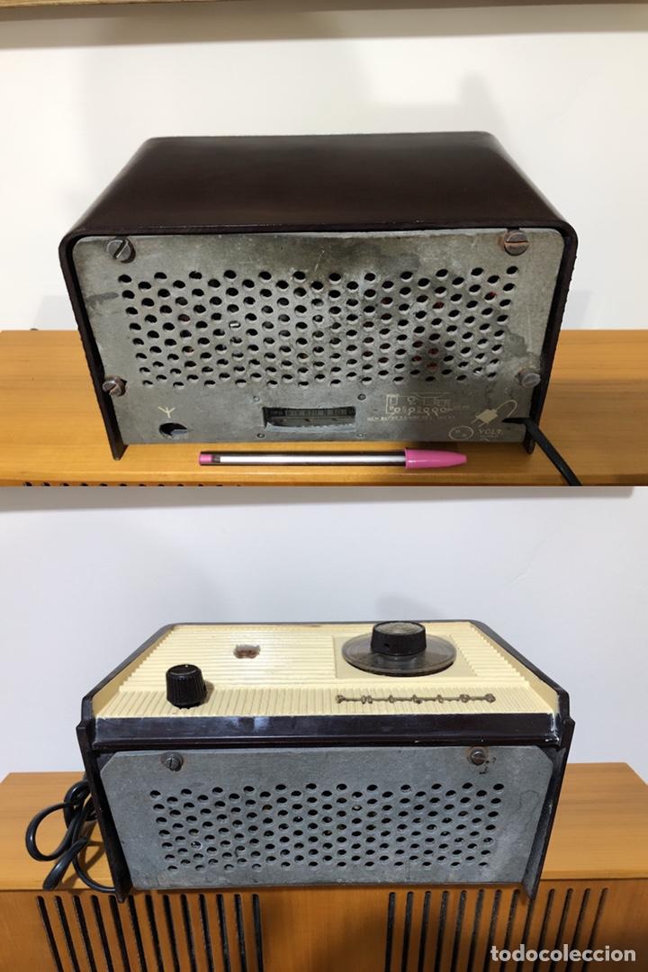 Radios de válvulas: RADIO DE VÁLVULAS PHILIPS B1E 82U CON MUEBLE DE BAQUELITA. - Foto 4 - 142809502