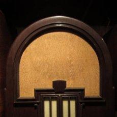 Radios de válvulas: PRECIOSO RADIO ALEMAN DE 1935 EN PERFECTO ESTADO FUNCIONANDO COMPLETAMENTE!! . Lote 143210446