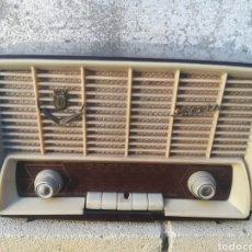 Radios de válvulas - Radio Iberia modelo A-312 - 143296168