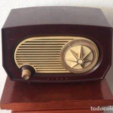 Radios de válvulas: RADIO ANTIGUA. Lote 143371738