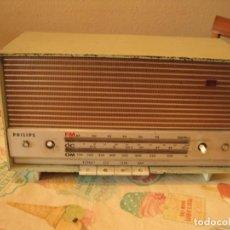 Radios de válvulas: ANTIGUA RADIO PHILIPS MOD30 RB 355. Lote 143635722