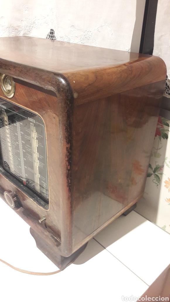 Radios de válvulas: Antigua radio de válvulas Marca Gram Onda corta y normal. En madera maciza gran tamaño 50 x 25 x 37 - Foto 7 - 144411188
