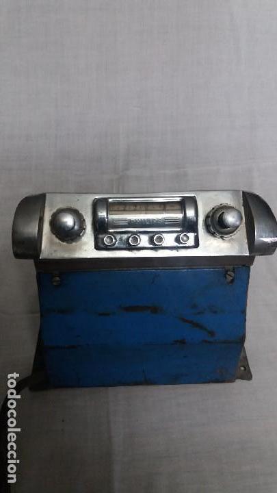 AUTORADIO DE VALVULAS PHILIPS (Radios, Gramófonos, Grabadoras y Otros - Radios de Válvulas)