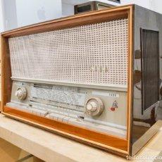 Radios de válvulas: RADIO ANTIGUA A VÁLVULAS SABA FREUDENSTADT 12 (1961/62) FUNCIONA. RESTAURADA. ESTÉREO. FM. Lote 145767634