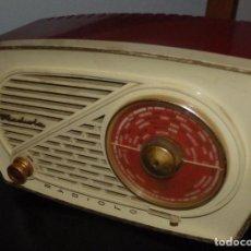 Radios de válvulas: ANTIGUA RADIO DE VALVULAS RADIOLA MODELO RADIOLO DE 1957 EN MUY BUEN ESTADO FUNCIONANDO. Lote 145963486