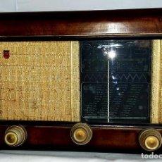 Radios de válvulas: RADIO PHILIPS MODELO 94A DE LOS AÑOS 40. Lote 146755346