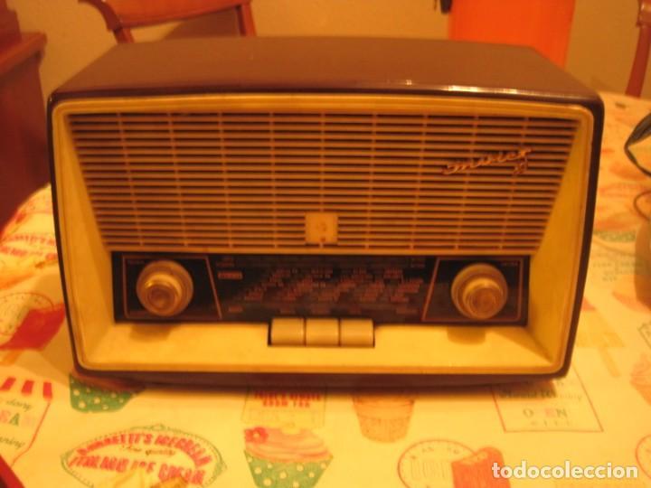 ANTIGUA RADIO INVICTA MOD 5362 (Radios, Gramófonos, Grabadoras y Otros - Radios de Válvulas)