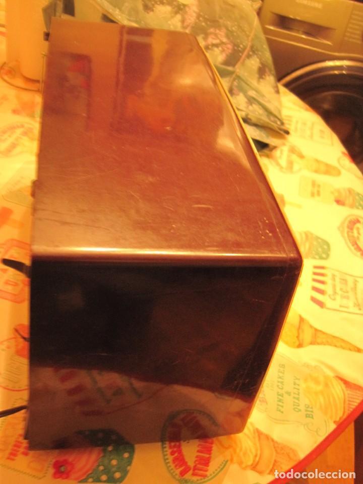 Radios de válvulas: antigua radio invicta mod 5362 - Foto 3 - 146785754