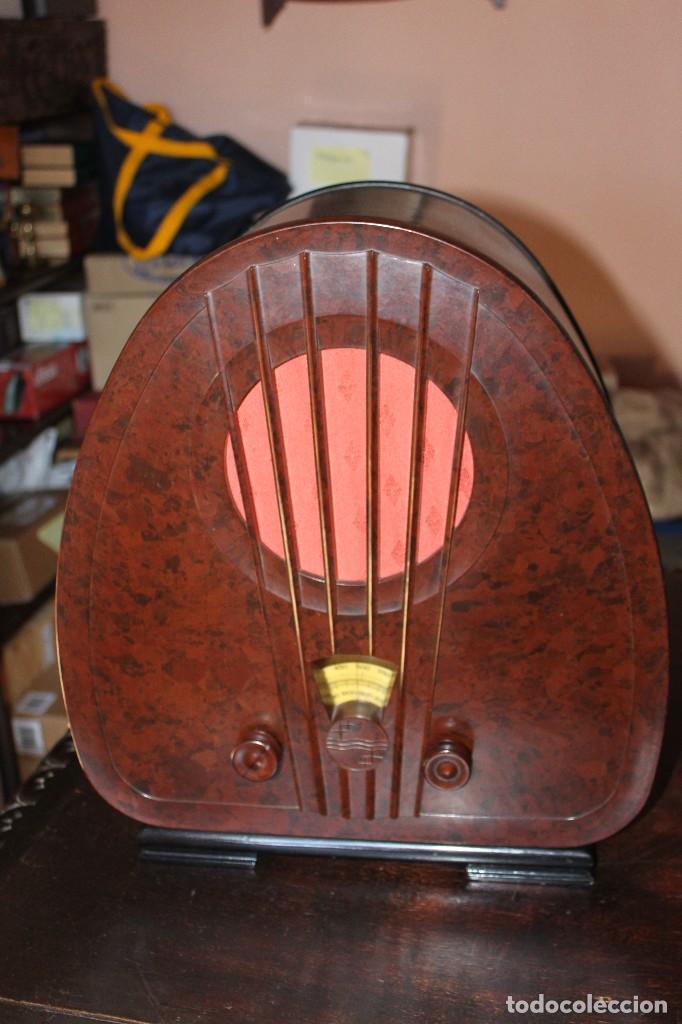 Radios de válvulas: RADIO PHILIPS DE CAPILLA AÑOS 30 DEL SIGLO PASADO - Foto 2 - 147015338