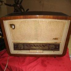 Radios de válvulas: ANTIGUA RADIO DE VÁLVULAS PHILIPS OJO MÁGICO. Lote 147454238