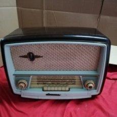 Radios de válvulas: FANTÁSTICA RADIO DE VÁLVULAS. Lote 147477390