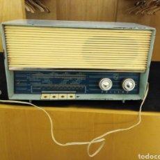 Radios de válvulas: RADIO PHILIPS. Lote 147777349