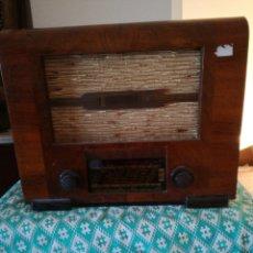 Radios de válvulas: RADIOLA. Lote 147816717