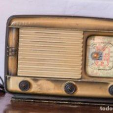 Radios de válvulas - RADIO ESPAÑOLA IBERIA MODELO HIDALGO - 148627234
